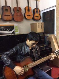 Mua guitar