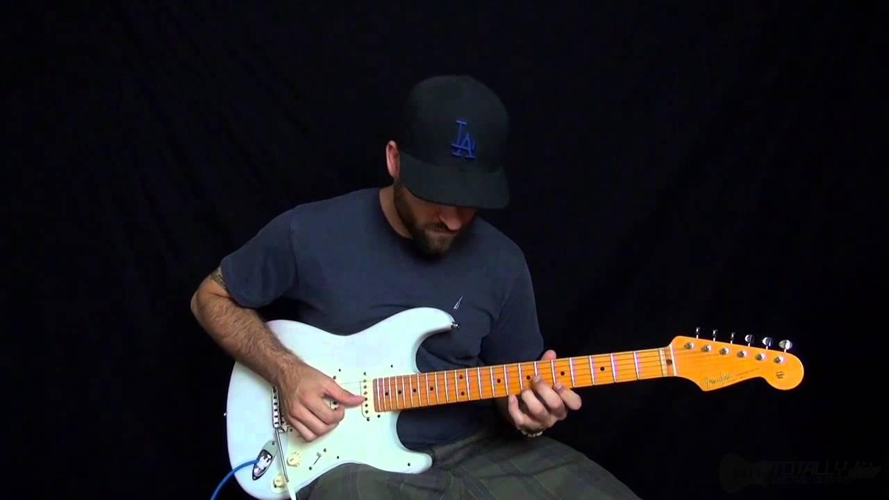 mua dan guitar dien nao cho nguoi moi tap