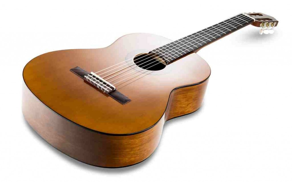 ảnh thật guitar yamaha c40